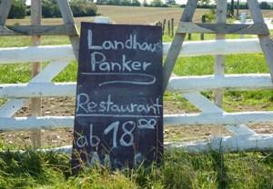 OstseePerlen_Landhaus_Panker_Einfahrt_RESIZED