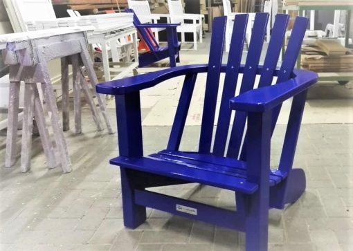 BeSeaside-Alsterstuhl-Hummelstuhl-Eiche-lackiert-ultramarinblau-Fertigung